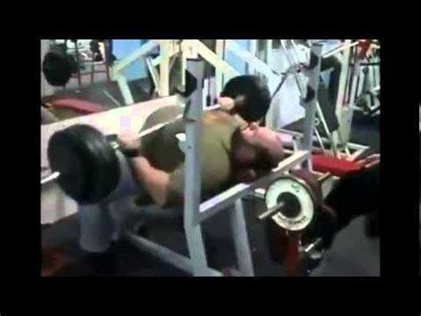 how to correctly bench press how not to bench press youtube