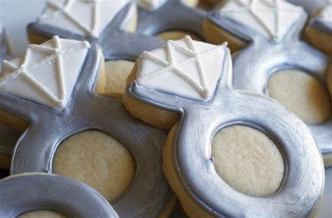 foodista propose   engagement ring cookies