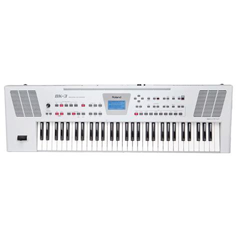 roland bk  wh keyboard
