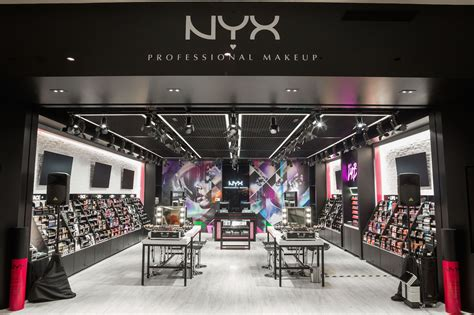 Lipstik Nyx Di Mall 6 must haves from nyx professional makeup s flagship store tongue in chic