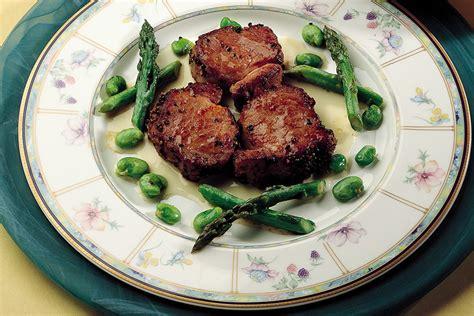 ricette per cucinare il filetto di maiale ricetta filetto di maiale con salsa all aglio la cucina