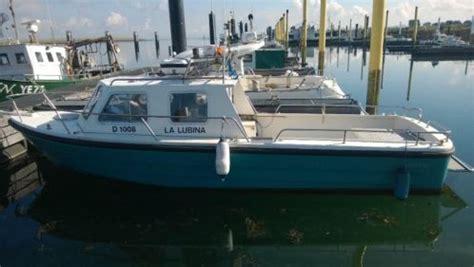 visboot met kajuit coaster t850 visboot duik advertentie 524905