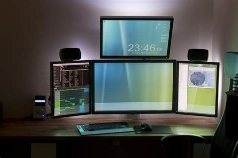dual monitor desk setup 18 really amazing computer stations 171 twistedsifter