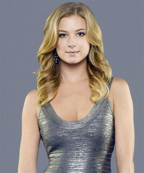 revenge hair styles emily thorne s hairstylist reveals the diy to getting her