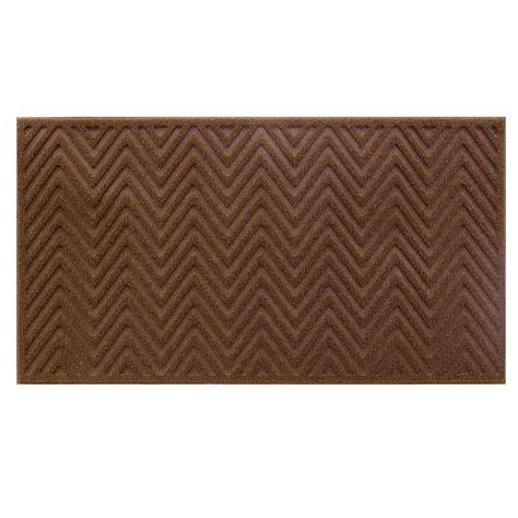 trafficmaster brown chevron 17 in x 30 in door mat 60