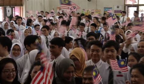new year malaysia school malaysian school students to sing this new song