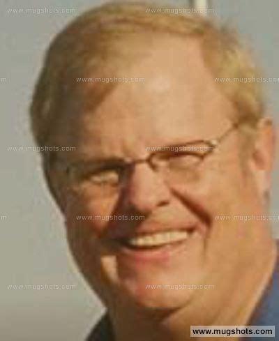 Lynwood Ca Arrest Records Lynwood Peyton Ktvu In California Reports Treasurer