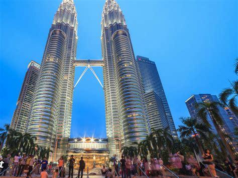 paket wisata malaysia dn kl genting  korina