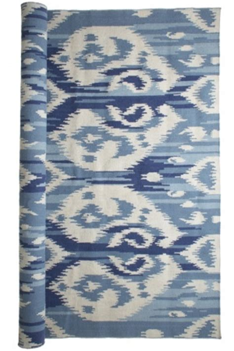 ikat rug blue blue white ikat rug blue and white bedrooms