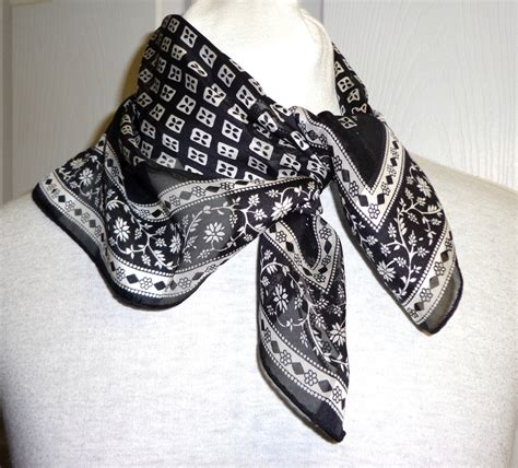 adrienne vittadini designer scarf 100 silk black
