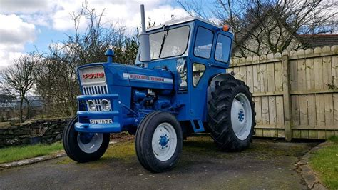 ford  tractor  millisle county  gumtree