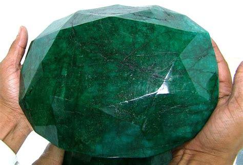 65 500 ct world largest faceted emerald gem
