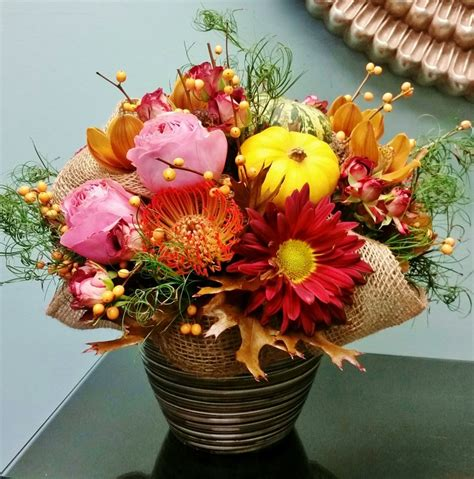 festive thanksgiving flowers fall flower arrangements fall flowers decor