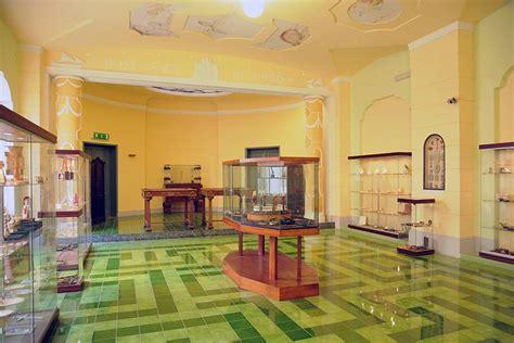 banco di napoli torre greco museo corallo riapre a torre greco
