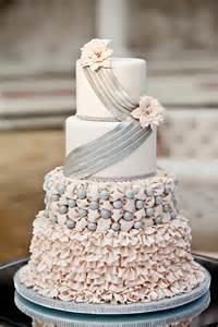 12 gorgeous metallic wedding cakes belle the magazine