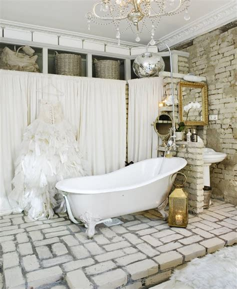 Antique Bathroom Decorating Ideas 30 Great Pictures And Ideas Of Fashioned Bathroom Tile Designes