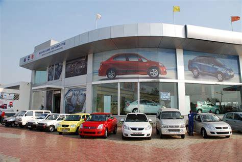 Maruti Suzuki Showroom Maruti Suzuki Premium Car Showrooms To Sell Ciaz Yra S