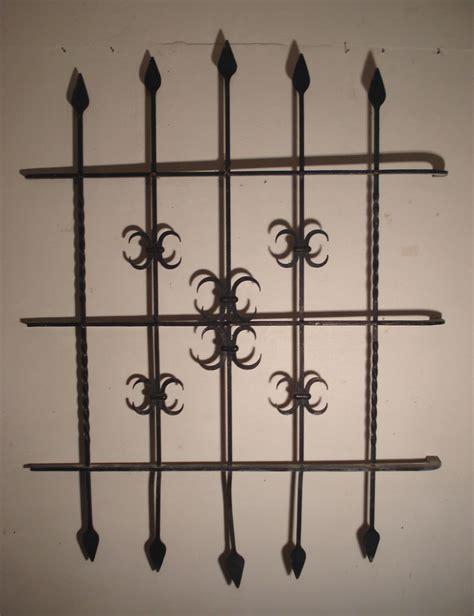 grilles de protection de fen 234 tres anciennes