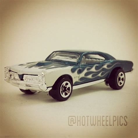 Diecast Hotwheels 1969 Dodge Charger Revealers Ah204 68 best images about 2007 wheels mainline on pontiac gto dodge charger srt8