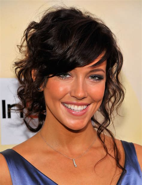 elegant hairstyles with bangs year 2016 15 versatile prom hairstyles with bangs for