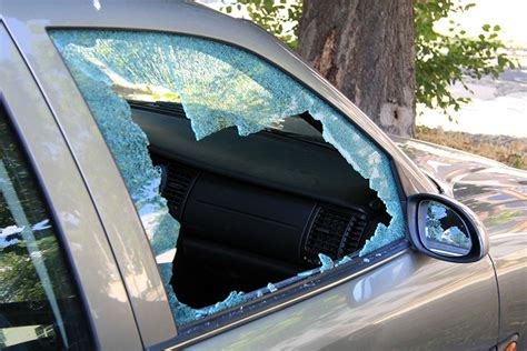 Broken Car Window Insurance Coverage   RateLab.ca
