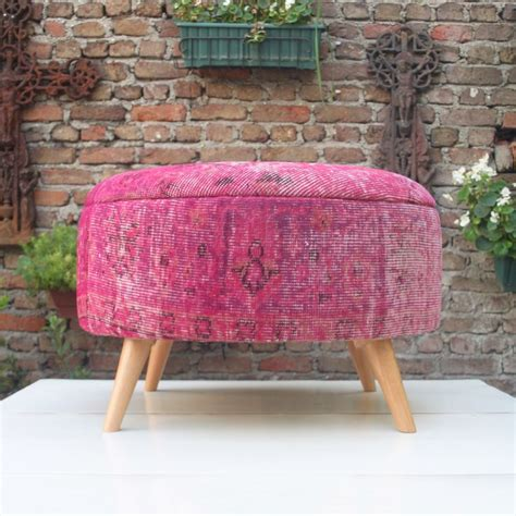 Pink Ottomans 25 Best Ideas About Pink Ottoman On Glamorous