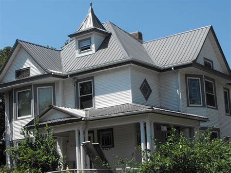 Cross Gable Roof Energy Guard Midwest Intricate Cross Gable Roofing