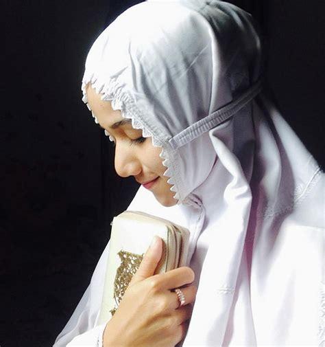 Pedoman Kepada Al Quran Dan As Sunnah sssst ini lho cara supaya bisa beribadah penuh selama