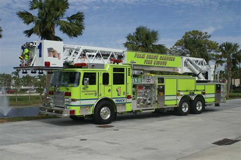 Palm Gardens Department by Firepix1075 Palm Gardens Rescue Ladder 1
