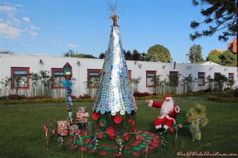 arbol de navidad con material reciclado s christmas tree