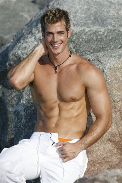hombres al desnudo galera wonderwall latino william levy cubano muy sexy solo hombres lindos