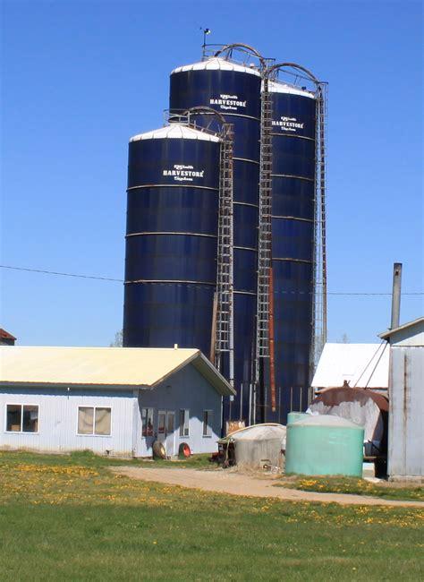 image silo file harvestore silos britton michigan jpg wikimedia commons