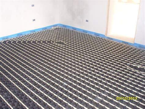 riscaldamento a pavimento con pompa di calore applitek impianto di riscaldamento con pompa di calore