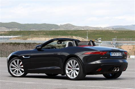 2014 jaguar f type drive photo gallery autoblog