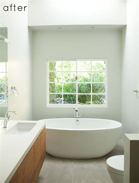 After You D before after minimalist bathroom makeover design sponge