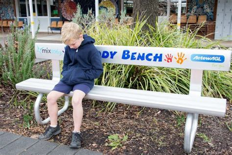 Bench Combats Buddy Bench Helping Canberra Primary Students