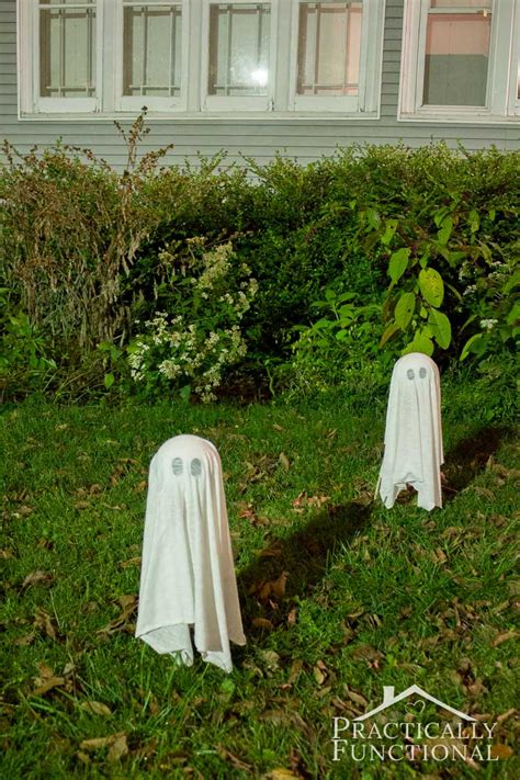 easy to make outdoor decorations diy floating ghosts for your yard