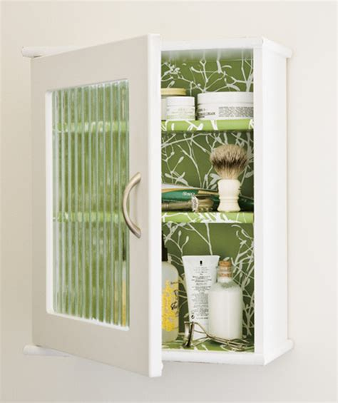 10 Cool DIY Medicine Cabinet Makeovers You?ll Like