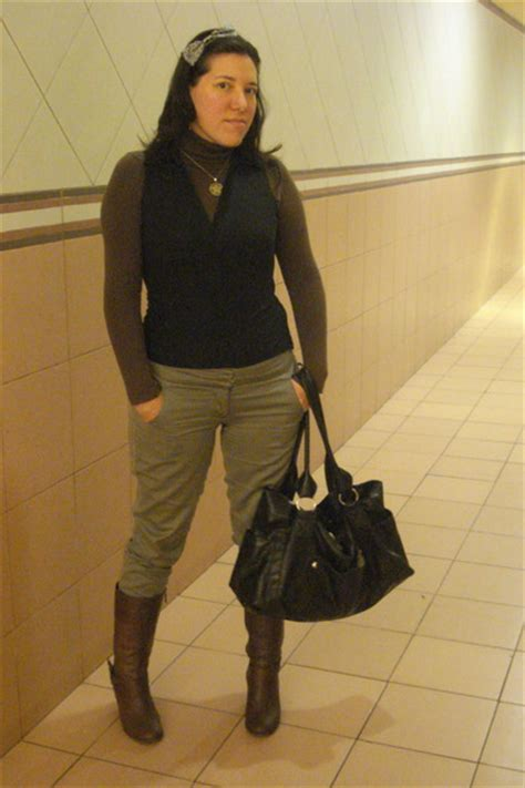 brown up neck ts shirts brown boots black sleevless