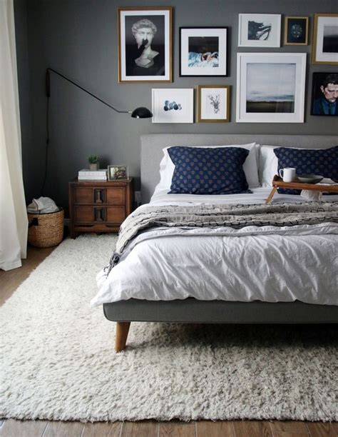 rug in bedroom 25 best ideas about rug under bed on pinterest bedroom