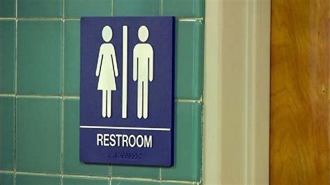 transgender bathrooms in schools ore school creates unisex bathrooms for transgender