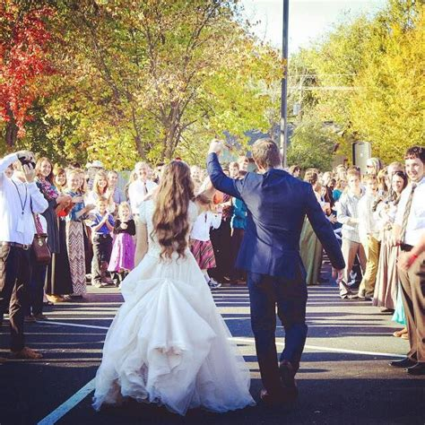 ben seewald and jessa duggar wedding ben and jessa duggar sewald on their wedding day