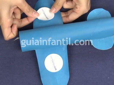 como hacer un avion de material reciclable avi 243 n con rollos de papel juguetes reciclados para ni 241 os