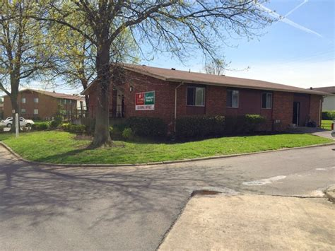 sumner estates apartments rentals hendersonville tn