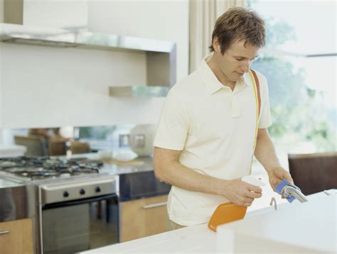 kitchen clean quick tips in cleaning the kitchen