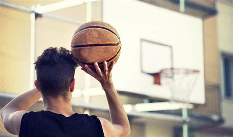 how to play basketball beginner sporting goods info compete to defeat the world