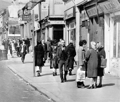 Liverpool 01 Raglan historical ulster shankill road from the belfast