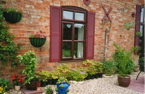 red brick house home brick colors red brick house with shutters red brick house color schemes