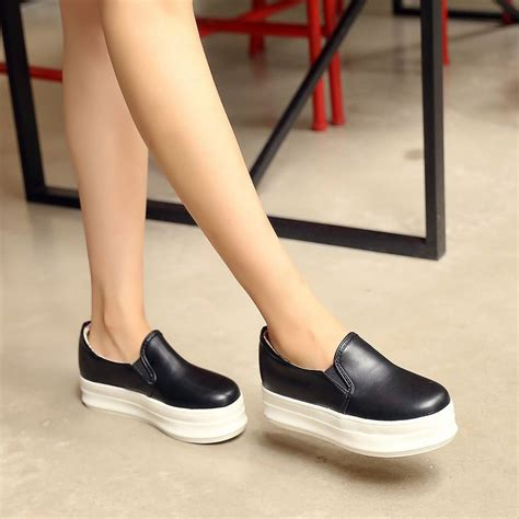 comfortable high wedges best 25 comfortable wedges ideas on pinterest tom