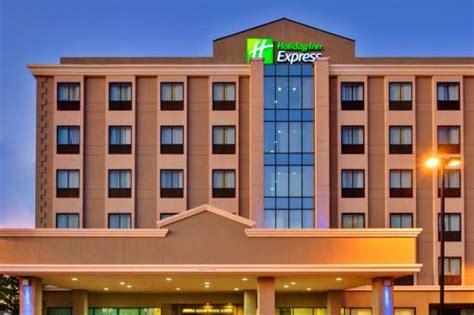 comfort inn suites lax airport holiday inn express lax airport venice beach california